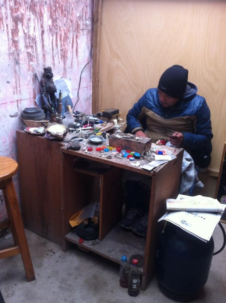 Silberschmied in Cusco (Es gibt viel Silber in der Gegend)